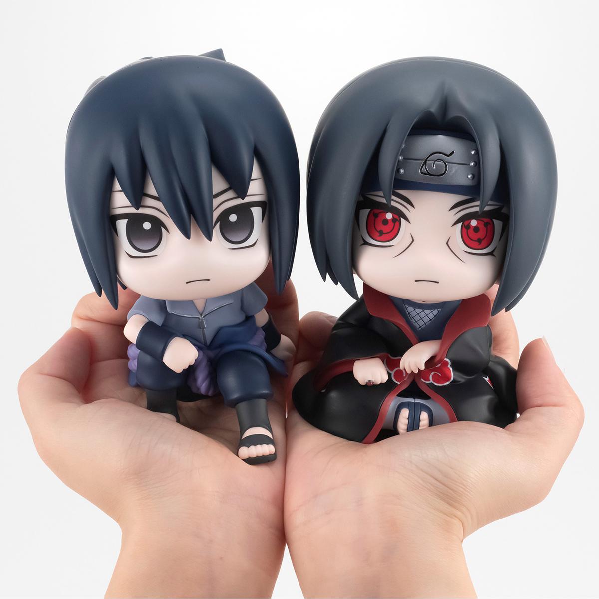 Sasuke & Itachi Look Up Series Naruto Figure Set with Gift